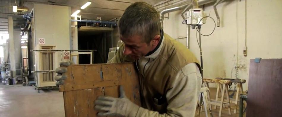 Cosa facciamo legnolux manutenzione restauro - Manutenzione finestre in legno ...