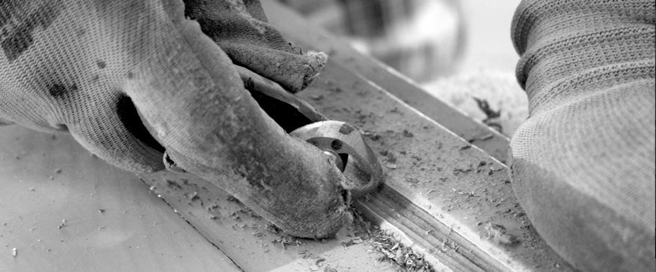 Come facciamo legnolux manutenzione restauro - Restauro finestre in legno prezzi ...